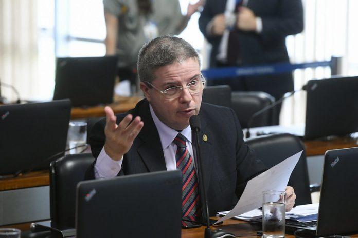 Senador Antonio Anastasia é autor da PEC 6-2018 (Foto Marcos Oliveira - Agência Senado)