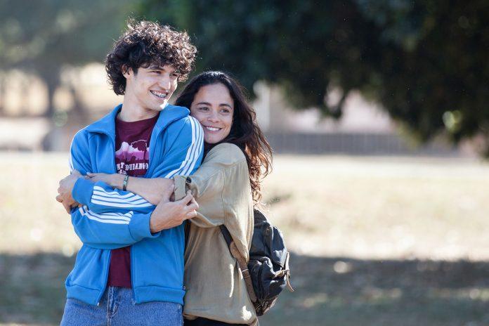 Os protagonistas Alice Braga e Gabriel Leoni (foto) estarão presentes à estreia do filme (Foto: Janine Moraes)