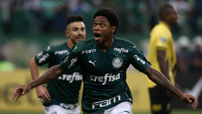 Luiz Adriano faz hat trick na vitória do Palmeiras sobre o Guaraní do Paraguai no Allianz Parque (Foto: Cesar Greco/ palmeiras.com.br)