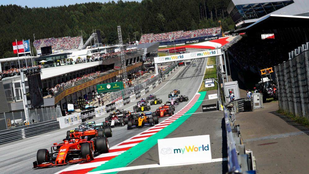 Flagrante de uma largada no Grande Prêmio da Áustria, disputado no circuito de Spielberg