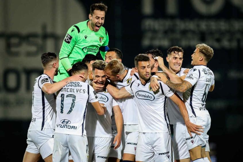 Famalicão protagoniza tremenda zebra na volta do Campeonato Português ao derrotar o Futebol Clube do Porto, líder do certame