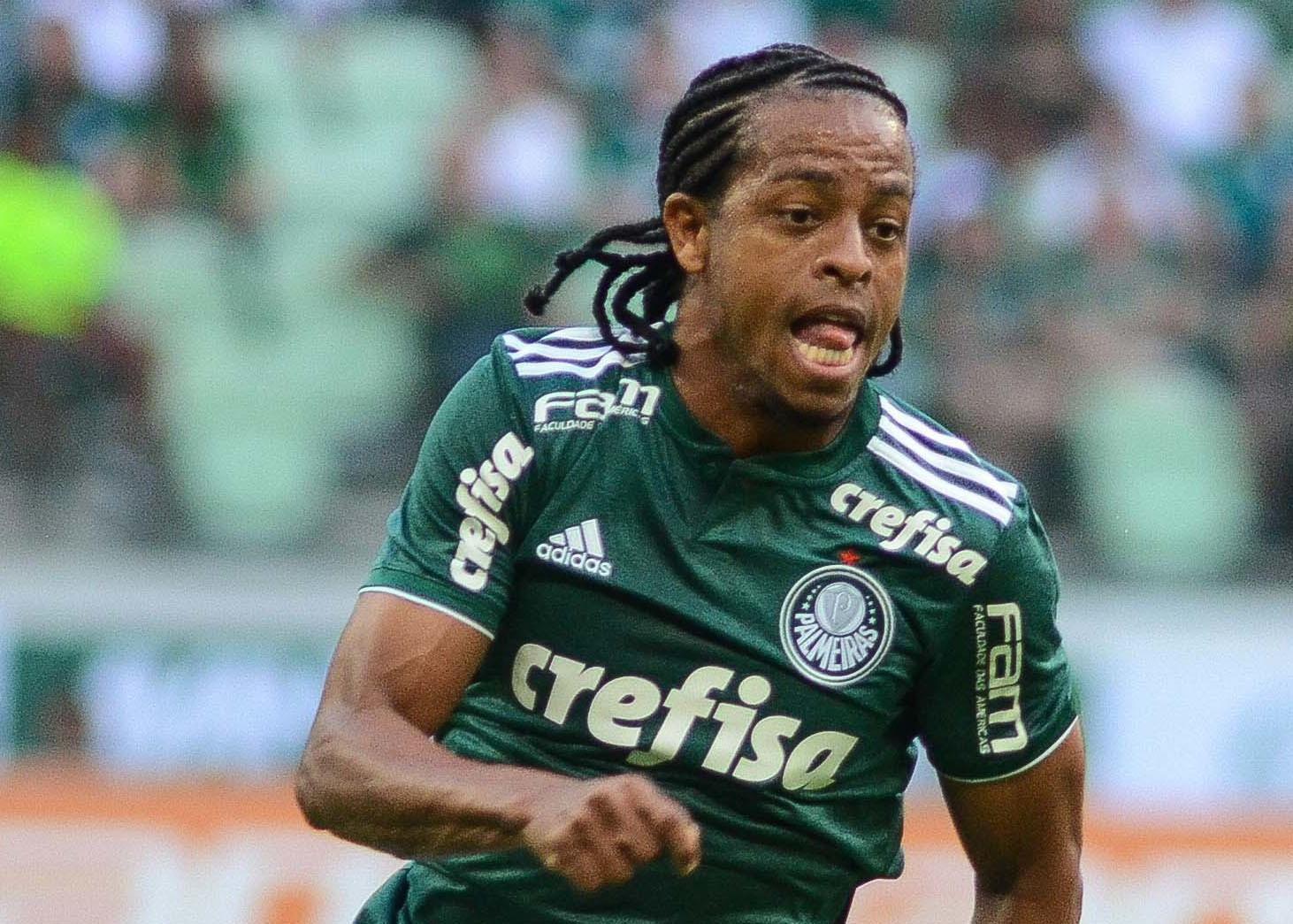 Atacante Keno, sonho de vários clubes brasileiros, assina com o Atlético Mineiro