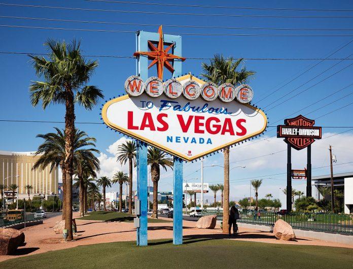 Las Vegas teve sua economia devastada pelo novo coronavírus (Foto: Thomas Wolf/Wikimedia Commons)
