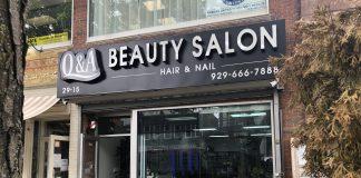 Em NY, salões de manicure foram liberados durante a fase III. Acima, salão de manicure no Queens, NY