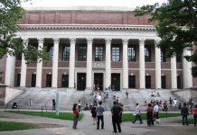Harvard University (Foto: Wikimedia)