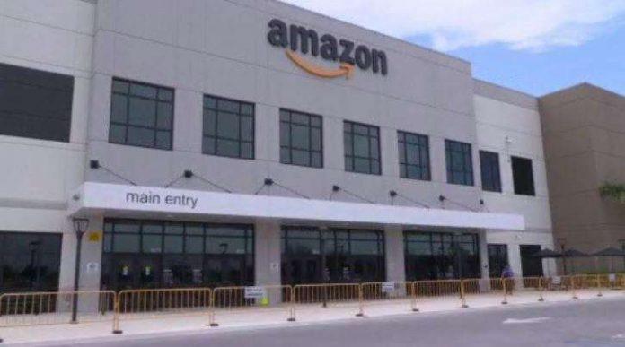 Unidade da Amazon em Opa Locka, Flórida ( foto: Amazon)