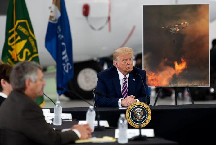 Donald Trump se reúne com autoridades da Califórnia (foto: Reuters)