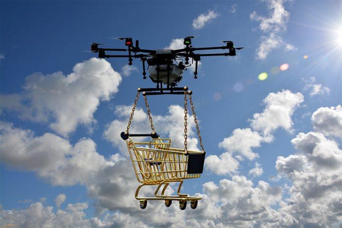 Várias empresas de tecnologia estão trabalhando no desenvolvimento de entregas de drones autônomos (foto: freepic)