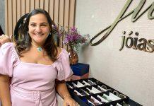 A carioca Juliana Nasciutti no showroom de semijoias em Boca Raton (Foto: João Vitor Silva)