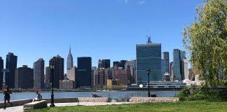 Skyline de Manhattan, vista do Queens. Você acha que NY vai sobreviver? (Foto: Sandra Colicino)