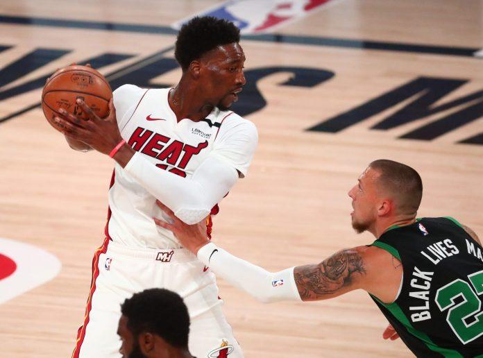 Bam Adebayo foi o grande jogador do Miami Heat na vitória sobre o Boston Celtics no jogo 5, ao anotar 32 pontos e capturar 14 rebotes (Foto: heatnation.com)