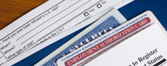 Algumas autorizações de trabalho estão levando até 13 meses para serem emitidas (foto: pixabay)