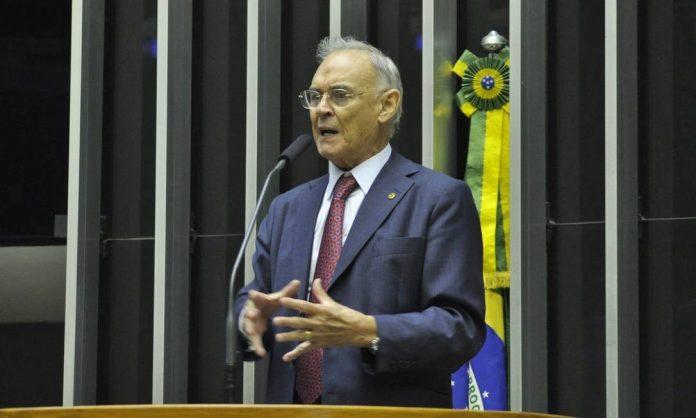 Arolde de Oliveira (PSD) foi senador pelo Rio de Janeiro (Foto: Fabio Rodrigues Pozzebom/Agência Brasil)