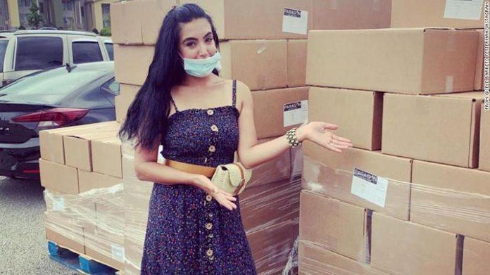 Gisele Barreto durante campanha de doação de alimentos em Braddock, PA (Foto: Arquivo pessoal)