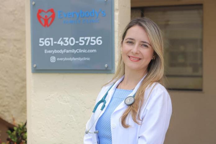 A especialista em clínica geral da família e uma das fundadoras da clínica, Jacqueline Terra-Gonçalves (Foto: Arquivo pessoal)