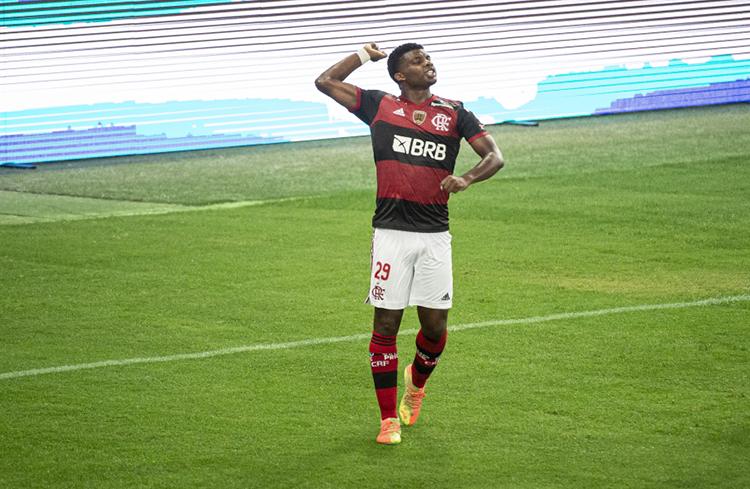O jovem Lincoln, um dos autores dos gols, desperta interesse de clubes europeus (Foto: Alexandre Vidal/Flamengo)