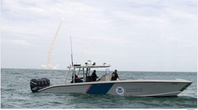 Eles foram detidos pela polícia e entregues ao U.S. Customs and Border Protection (CBP) (foto: freepic)