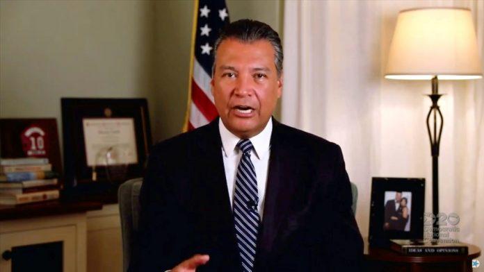 Alex Padilla é o primeiro latino a representar a Califórnia na Câmara Alta do país (foto: Partido Democrata)