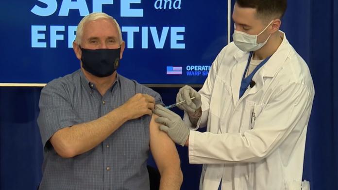 Após receber a injeção, Mike Pence disse que estava se sentindo muito bem (foto: reprodução NBC6 News)