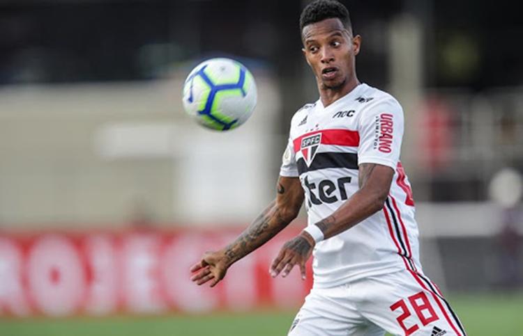 Com a responsabilidade de substituir Luciano, Tchê Tchê foi considerado o melhor jogador em campo na goleada do São paulo sobre o Galo (Foto: spfc.net)