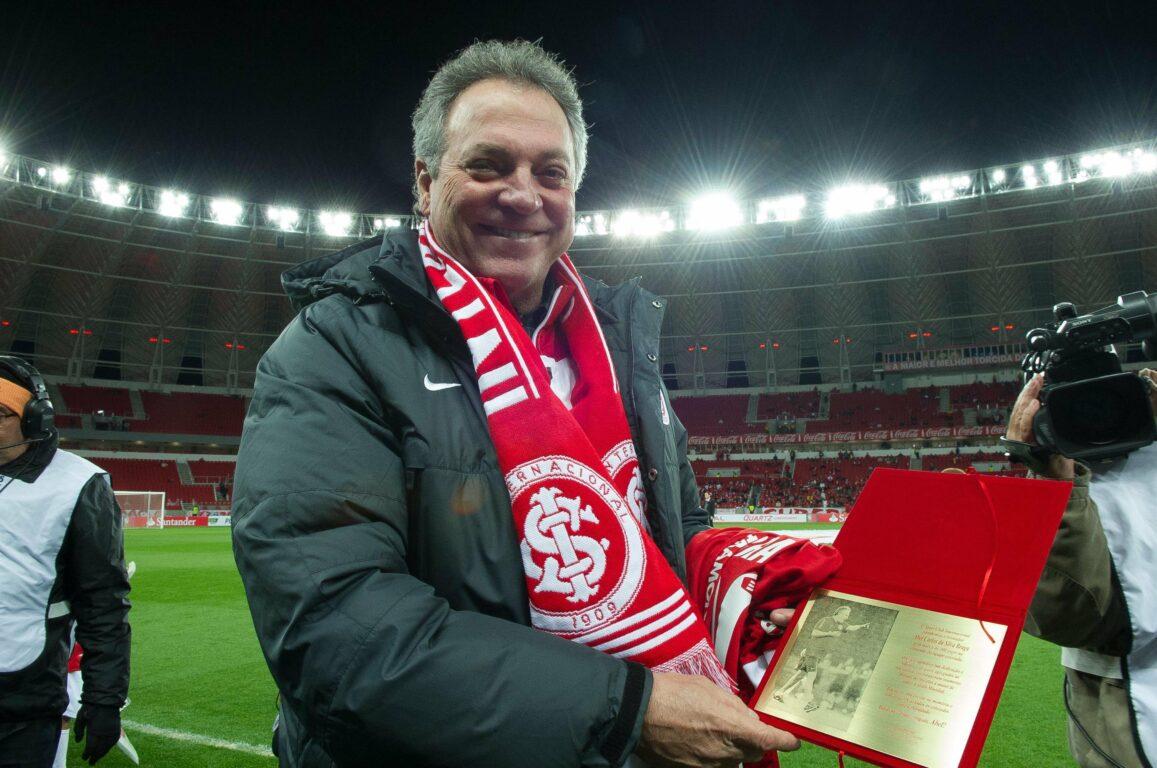 Abel Braga pode se tornar o técnico que mais treinou o Internacional em toda sua história. Depois de ter conquistado Gauchão, Libertadores e Mundial, pode se sagrar campeão brasileiro (Foto: Internacional)