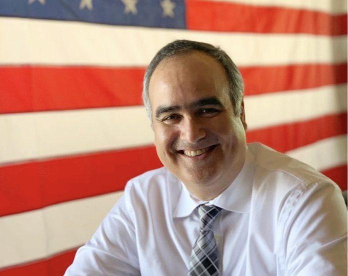Advogado de imigração, Mark Morais (foto: divulgação)