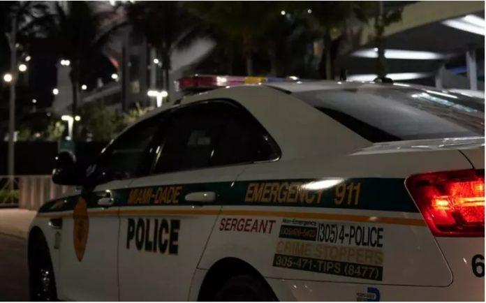 Em Little River Park, homens armados atiraram em pessoas perto de uma quadra de basquete (foto: Miami-Dade Police Office)