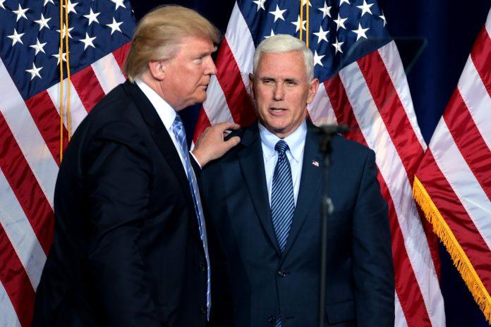 Donald Trump e seu vice-presidente Mike Pence (foto: wikimedia)