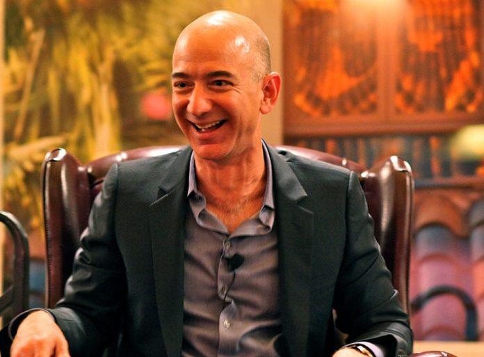 Após 27 anos Bezos se concentrar em novos produtos e outras iniciativas (Foto: Flickr)