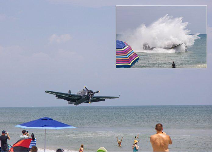 Avião monomotor TBM Avenger participava da da Warbird Parade (foto: Facebook)