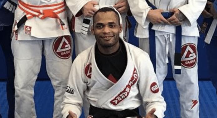 """Rafael """"Barata"""" de Freitas, 37, é treinador de jiu-jitsu e UFC (foto: Twitter)"""