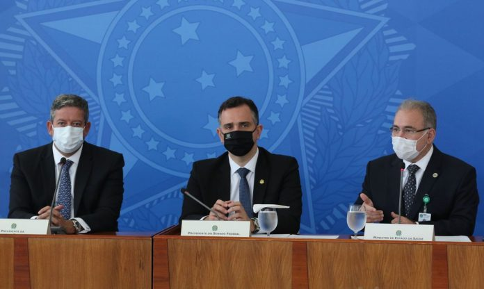Rodrigo Pacheco, Arthur Lira e Marcelo Queiroga (Foto: Fábio Rodrigues Pozzembom)
