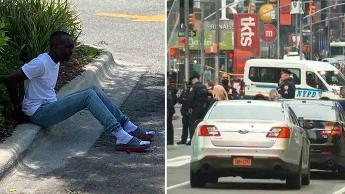 Suspeito e já tinha sido preso sete vezes por agressão e roubo (foto: NBC News)