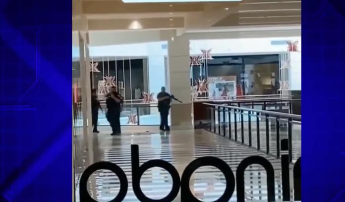 Mall foi reaberto no domingo (foto: Reprodução NBC6News)