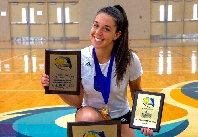 Paola-Pimentel é destaque do time de vôlei do Miami Dade College