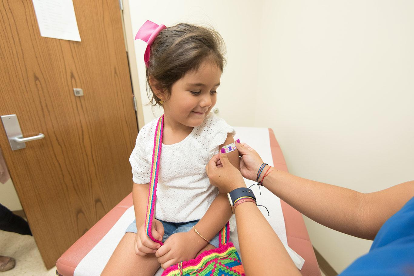 Imunização para próximo ano escolar (Foto: CDC/Pexels)