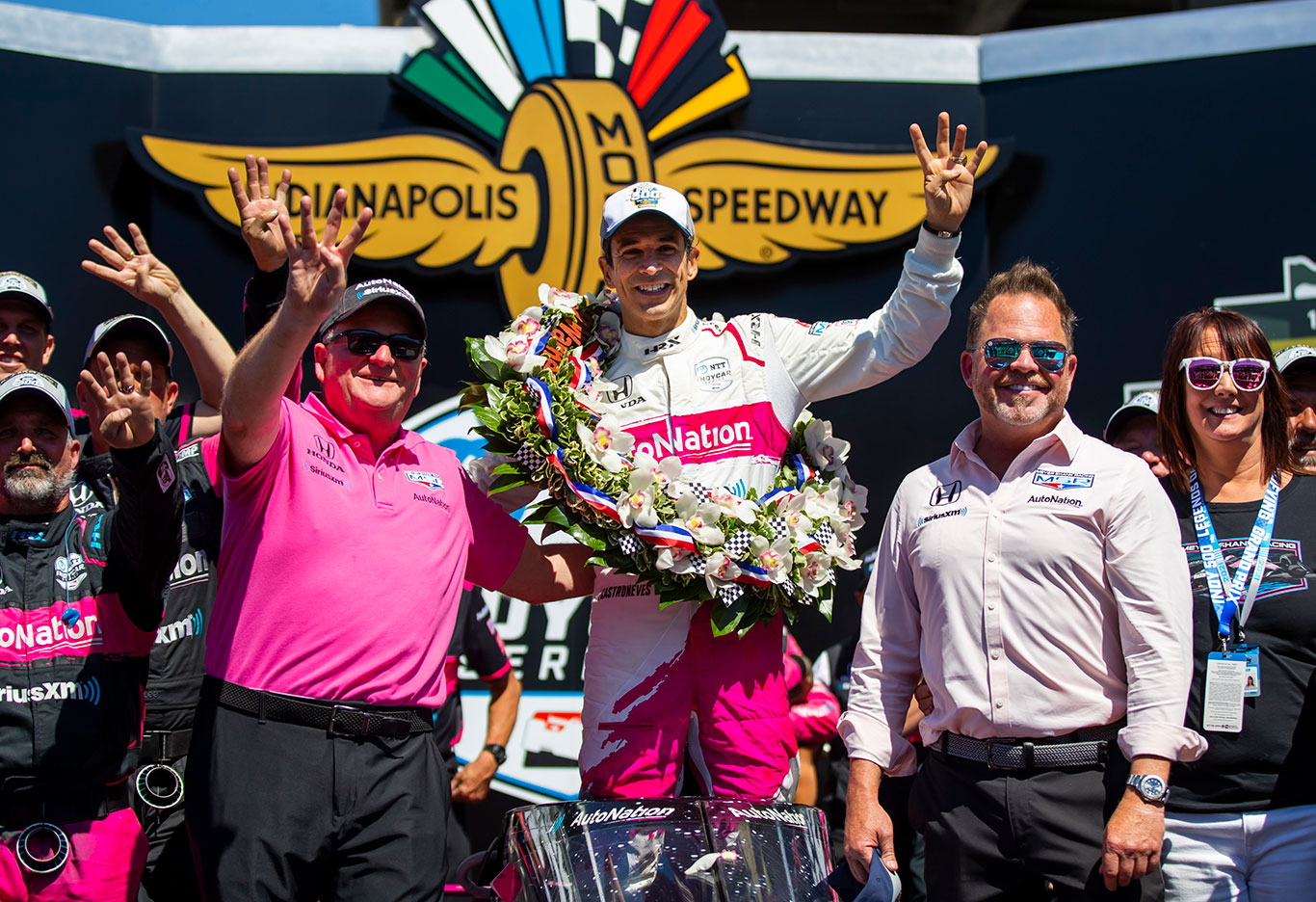 Helio Castroneves venceu a prova mais importante da Fórmula Indy (Foto: Mark J. Rebilas/USA TODAY Sports)