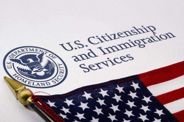 Autorizações de trabalho (EADs) terão prazo ampliado de um para dois anos (Foto: Wikimedia)