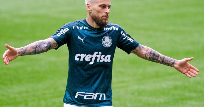 Lucas Lima está em uma situação delicada no Palmeiras e deve ser negociado com outro clube (Foto: br.blastingnews.com)