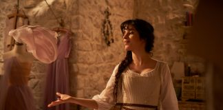 Cinderella: Uma refilmagem do conto tradicional da garota órfã com uma madrasta malévola (Foto: Divulgação)