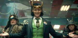 Apesar de a série insinuar um flerte entre Loki (Tom Hiddleston) e Mobius M. Mobius (Owen Wilson), Loki dá a entender que está apaixonado por Sylvie (Sophia De Martino) (Foto: Divulgação)