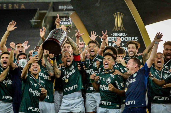Palmeiras está em busca do título da Copa Libertadores da América, repetindo o feito de 2020 (Foto: Nayra Halm/Lancepress)