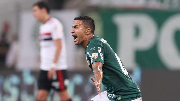 O meia Dudu foi autor de um golaço no jogo contra o São Paulo, mostrando que está voltando à sua boa forma (Foto: Cesar Greco)