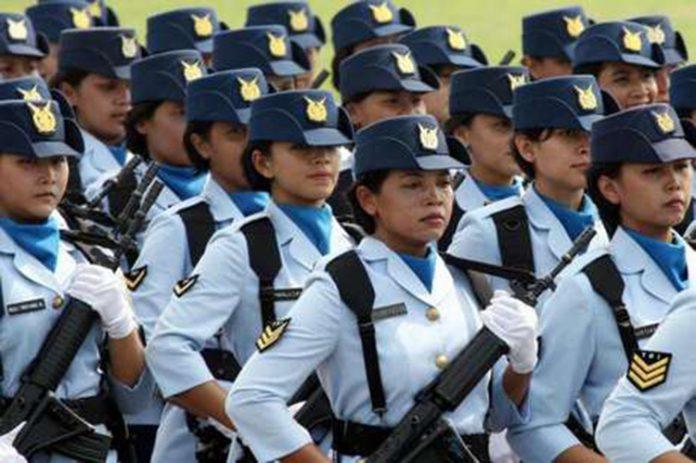 Prática medieval é abolida nas Forças Armadas da Indonésia (Foto: terra.com.br)