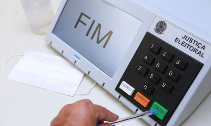 TSE contesta que urnas eletrônicas possam ser invadidas por hackers (Foto: Agência Brasil)