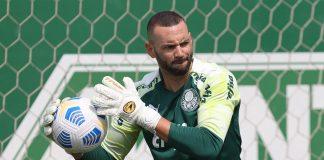 """O goleiro Weverton certamente estaria no time titular da Seleção Brasileira """"do Brasil"""" (Foto: Cesar Grecco/Palmeiras)"""