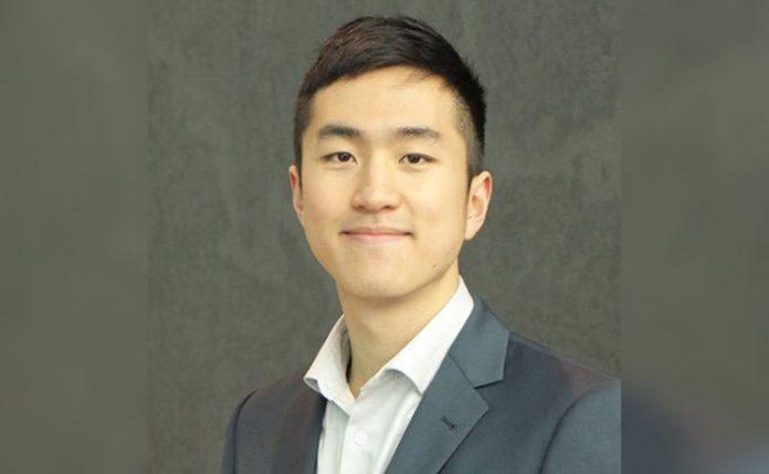 Jin Park está de malas prontas para estudar na Inglaterra