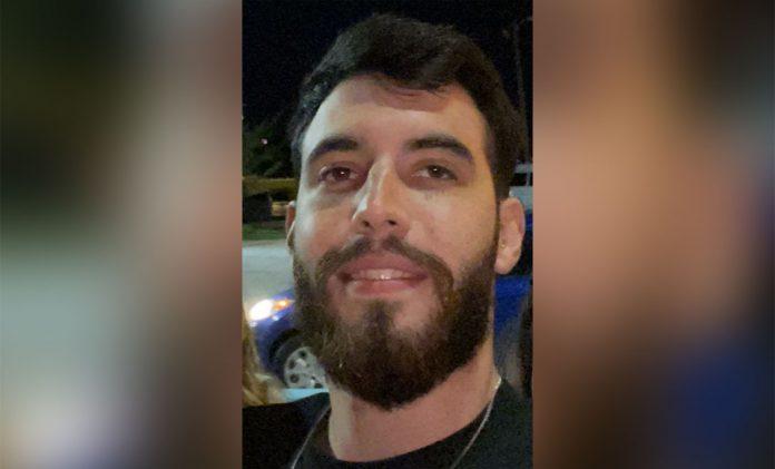 João Pedro está internado em estado grave em hospital de Chicago