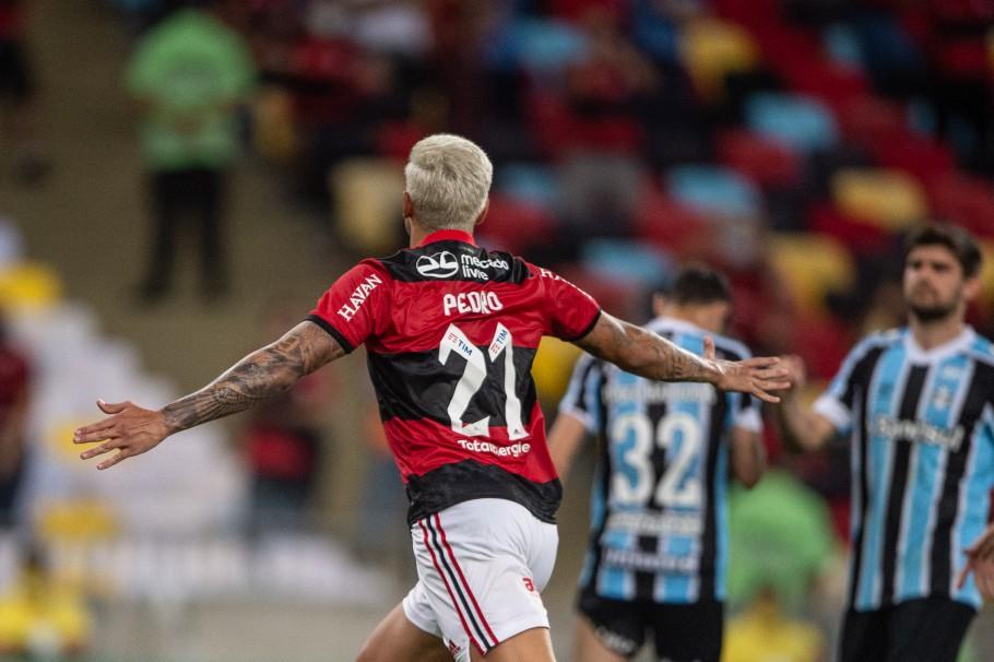 Pedro entrou no segundo tempo e definiu a partida com dois gols (Foto: Thiago Ribeiro/AGIF)