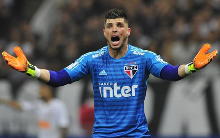 O contestado goleiro Tiago Volpi evitou a derrota do São Paulo para o América-MG no Morumbi (Foto: blogdopaulinho.com.br)